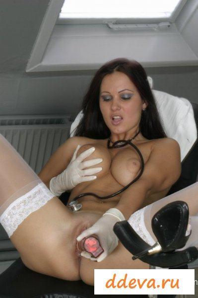 Сексуальные приключения с медсестрой