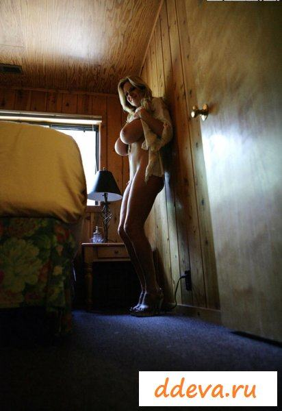 Большие сисяндры звезды Kelly Madison