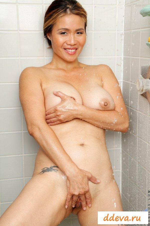 Японская тетенька с большой грудью